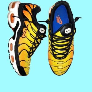 NIKE AIRMAX PLUS Sunset Shoes